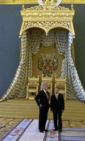 Russian President Vladimir Putin shows President Clinton some of the interior of the Grand Kremlin Palace.