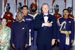 President Clinton and President K.R. Narayanan stand at attention for the National Anthem prior to the State Dinner at the Banquet Hall, Rashtrapati Bhavan, New Delhi.