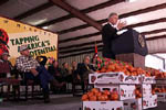 The President speaks to the people of Bradley County, Arkansas at the Hermitage Tomato Co-operative; Photo by Sharon Farmer, November 5, 1999.