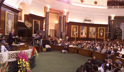 President Clinton addresses both houses of Parliament, Parliament Building, New Delhi.